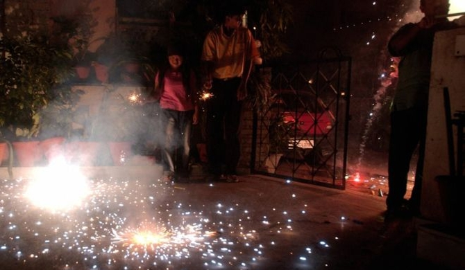 Indian court bans fireworks ahead of Diwali