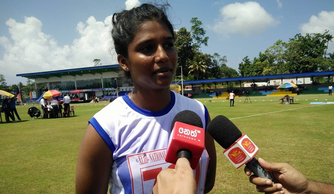 Anitha sets new pole vault record