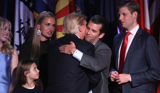 Trump 'didn't know about son's meeting'