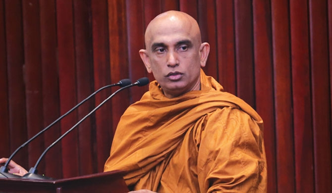 Rathana Thera opposes lifting asbestos ban