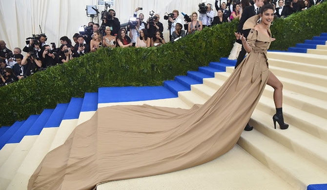 Priyanka selects best memes of her Met Gala gown