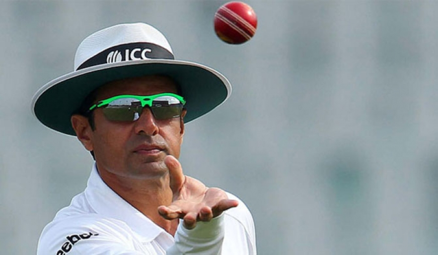Aleem Dar sets record