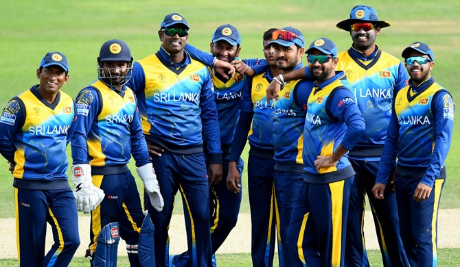 SL cricketers join COVID-19 fight