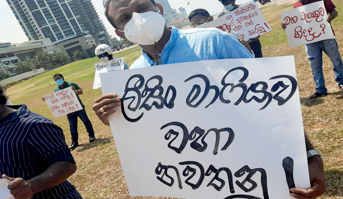 Protest against leasing companies' conduct (Pics)