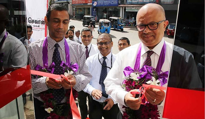 Malik Wickremanayake, Deputy General Manager – Operations at Seylan Bank opening the newly established ATM unit in Ragama