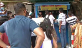 Baba ka dhaba: Teary video brings Delhi crowds to struggling food stall