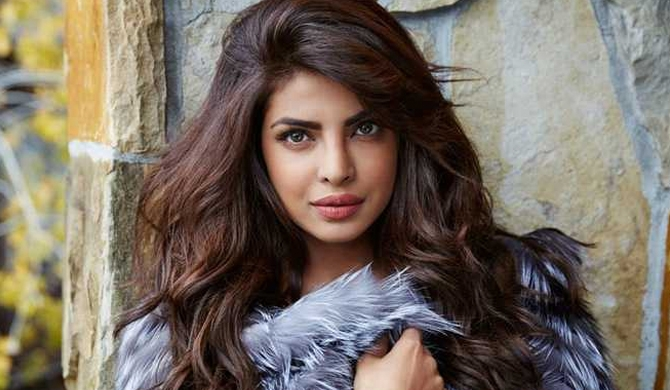 Priyanka wants a 'cricket team' of kids