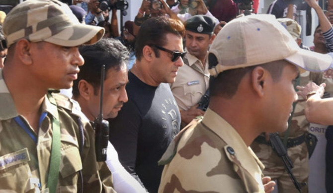 Salman Khan jailed for 5 yrs.