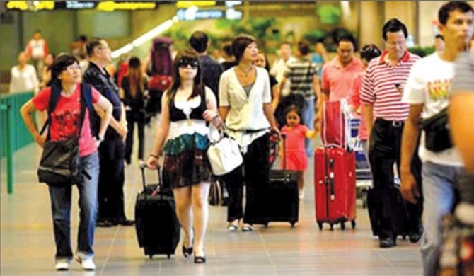 Chinese travel on credit badly affects Sri Lanka travel firms