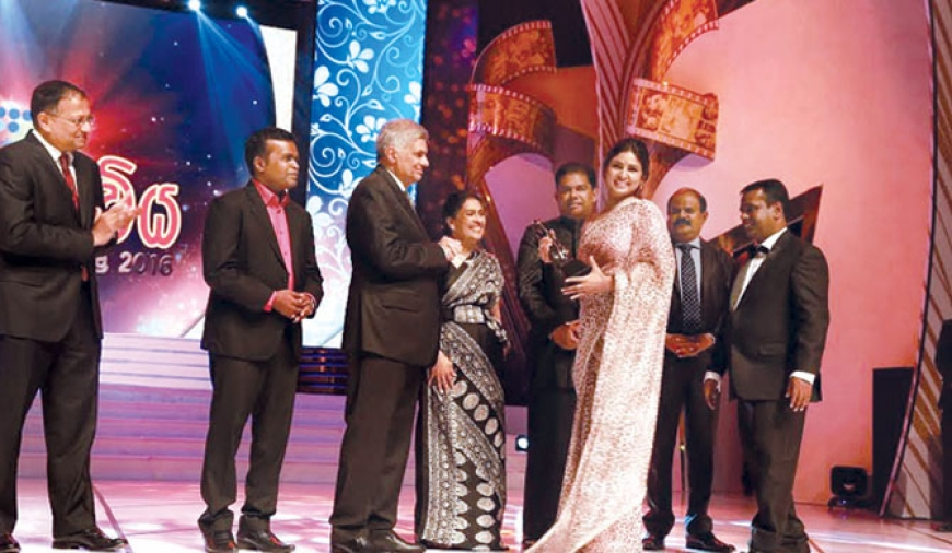 Sarasaviya awards held after 8 years