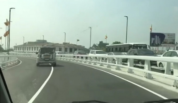 A ride over the longest flyover (video)