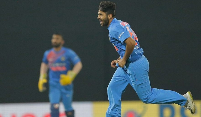 Thakur, Pandey fashion India's emphatic win