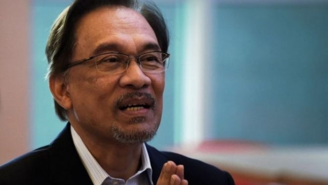 Anwar Ibrahim freed