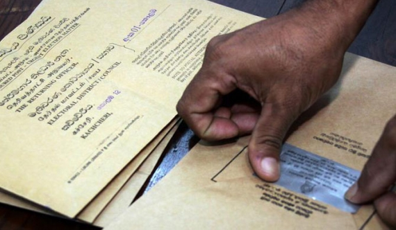 Around 700,000 apply for postal votes!