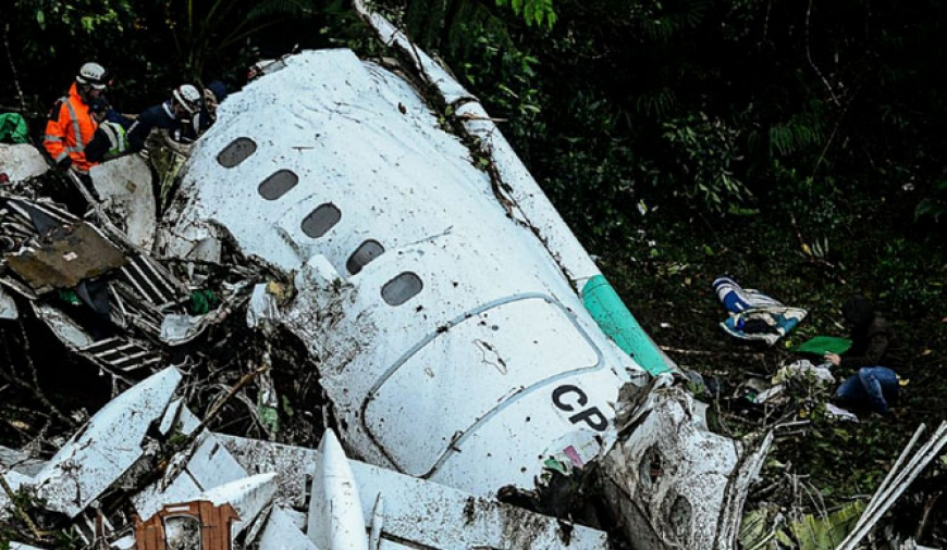 Colombia crash pilot 'warned over fuel'